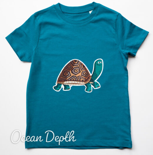 Organic Tortoise t-shirt - ocean depth